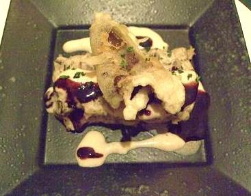 キノコのテリーヌ 赤ワインソースとセップ茸のソース